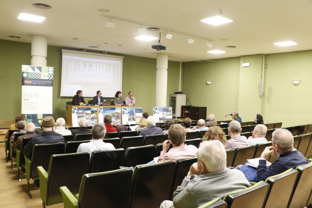 Cumpliendo con el Programa Electoral, el Gobierno Socialista de Quart de Poblet se reúne con los vecinos y vecinas ante el próximo inicio de las obras del aparcamiento municipal Balcó del Túria
