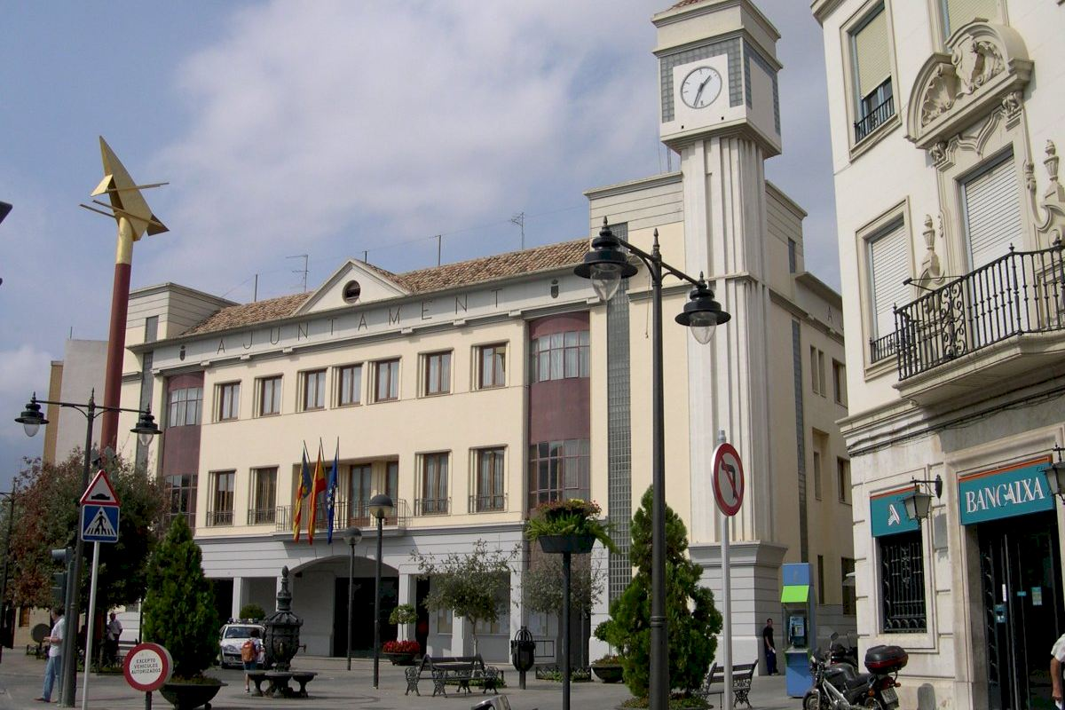 El Ayuntamiento de Quart de Poblet destina más de 600.000 euros en prestaciones para la atención de necesidades básicas desde el estado de alarma